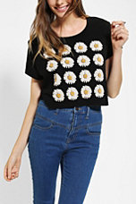 Truly Madly Deeply Daisy Cropped Tee  - Urban Outfitters