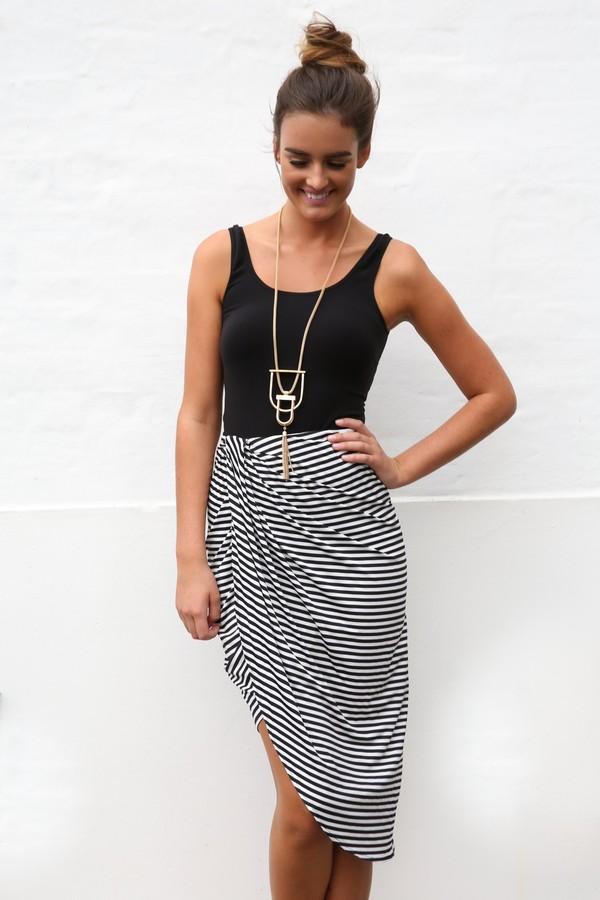 Skirt: ustrendy, ustrendy skirt, maxi skirt, asymmetrical skirt, black and  white, stripes, striped skirt - Wheretoget - Skirt: Ustrendy, Ustrendy Skirt, Maxi Skirt, Asymmetrical Skirt