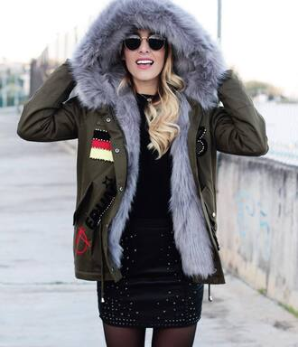 jacket tumblr army green jacket fur collar jacket sunglasses round sunglasses skirt mini skirt embellished leather skirt black leather skirt top black top hooded jacket