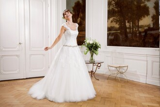 dress wedding dress stunning crystal shawl cheap monday