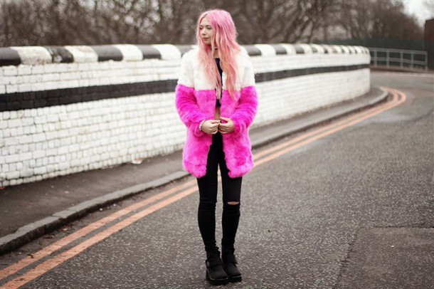 kayla hadlington blogger coat top jeans shoes