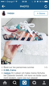 shoes,shorts,adidas,floral,flowered shoes,sport shoes,sportswear,adidas superstars,sneakers,colorful,cute,white,style,fashion,low top sneakers,superstar,flowers,pink,girls sneakers,adidas shoes,addias shoes,pastel,pink adidas superstars,tumblr,blue,floral shoes,custom shoes,floral sneakers