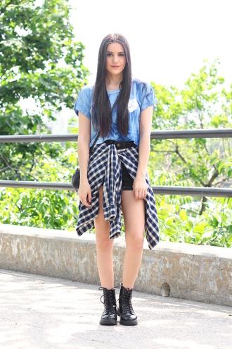 dress like jess blogger top shorts shirt shoes