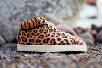 shoes leopard print tyga reebok tiger print