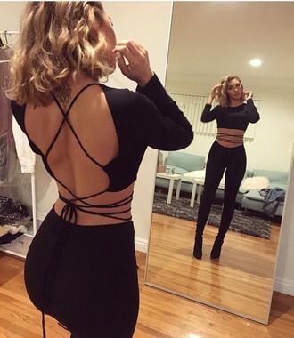 top strap wrap around backless top shirt black crop top open back strapp black blouse one piece black shirt cute strappy shirt tie strap jumpsuit tie top strings crop tops black crop top tank top backless backless top going out top strappy criss cross back