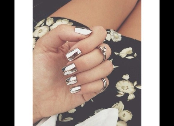 nail polish nails nails art silver pretty too cute love this want this now silver nail polish cute