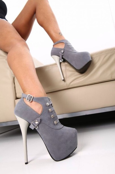 Shoes: sexy, grey, high heels, boots, heel boots, low boots, pumps ...