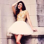 dress,kardashians,sherri hill,white,tulle skirt,gold,kendall jenner,embellished dress,prom dress