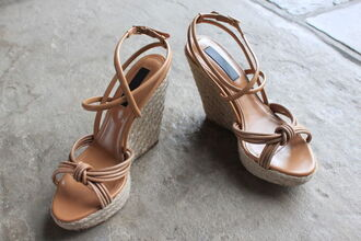 shoes burberry prorsum wedges sandals burberry nude strappy knotted espadrilles