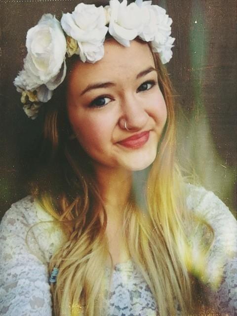 Large white flower crown // bridal boho woodland fairy by knitvie