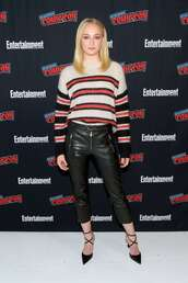 sweater,sophie turner,fall outfits,fall sweater,pants,pumps,celebrity