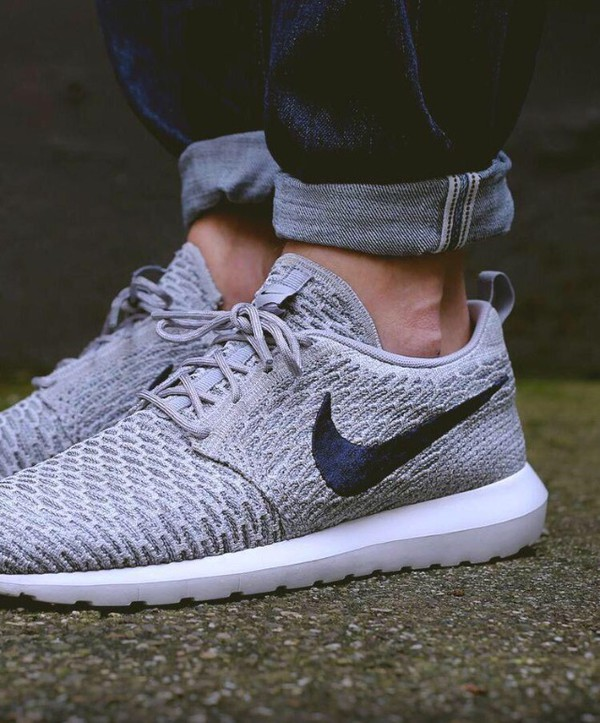 the best attitude 66f3f 7ea87 ... cheap nike roshe run flyknit w lt armory platinum hers trainers e7b22  4c586 ...