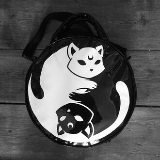 lunatic bag yin yan yin yang luna moon moon child cats kitten kawaii goth pastel goth harajuku emo punk grunge soft grunge purse