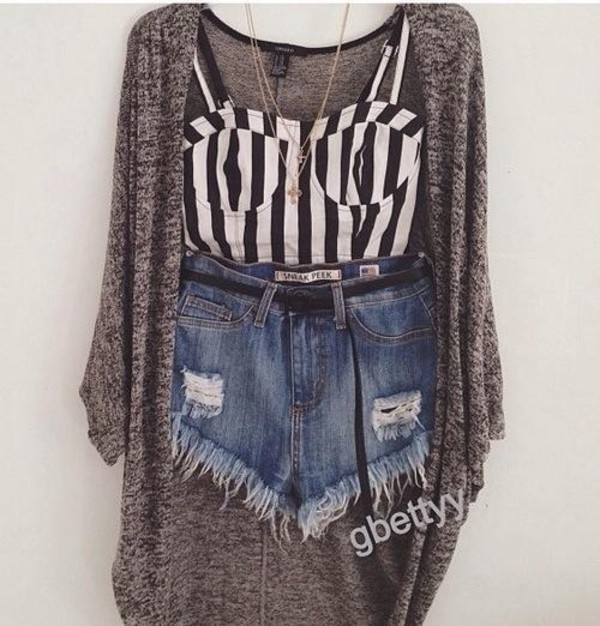 t-shirt shorts necklace jacket stripes