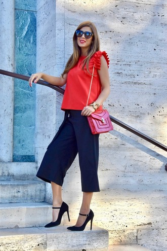 cosamimetto blogger top pants shoes bag sunglasses fall outfits red top cropped pants red bag pumps high heel pumps