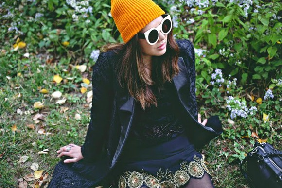 blogger jacket hipster color me nana top sunglasses shorts embroidered beanie