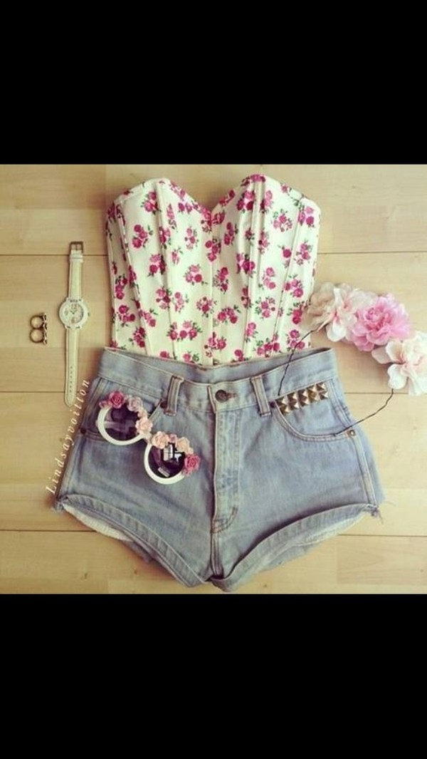 tank top colorful shirt floral shorts sunglasses jewels top