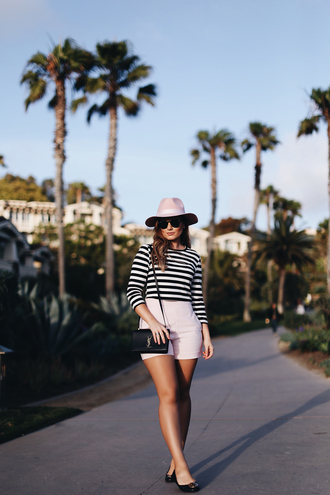 shorts curvy top hat tumblr pink shorts crop tops stripes striped top bag black bag shoes