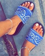 shoes,blue,nails,nail polish,slide shoes,slippers,summer,fashion