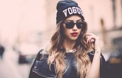 sunglasses,colorful,amazing,dream,wow,black,fashion,new york city,hat,good,cool,nice,white,sun,summer,dress,face makeup,red,lipstick
