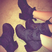 shoes,suede,black,boots,heels,combat,kendall jenner