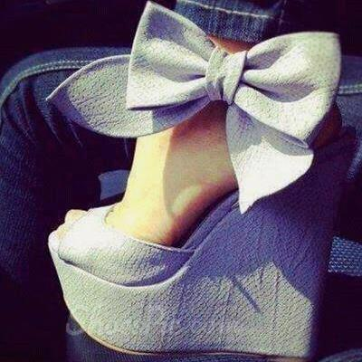 Cool Show Elegant Bowtie Peep Toe Wedge Heel Sandals