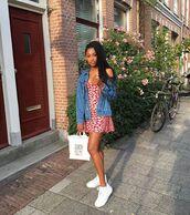 jacket,denim,denim jacket,dressf,floral,floral dress,red dress,shoes,bag