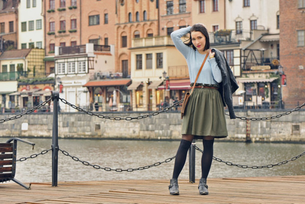 shiny sil blogger sweater skirt