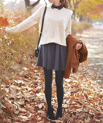 sweater dress white cable knit sweater skirt blue skirt polka dots white sweater cardigan fall outfits jumper coat shoes grey collared dress peter pan collar fall dress tumblr quality cute ineed clothes sweater weather black and white polka for dress peter pan collar dress shirt pullover collared shirts winter outfits brown jacket clara oswald black shoulder bag