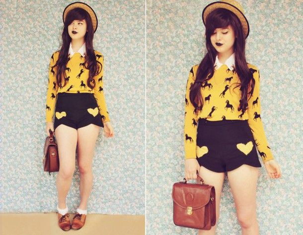 sweater print printed sweater yellow shorts