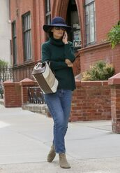 sweater,jeans,denim,ankle boots,hat,streetstyle,turtleneck sweater,bag,katie holmes
