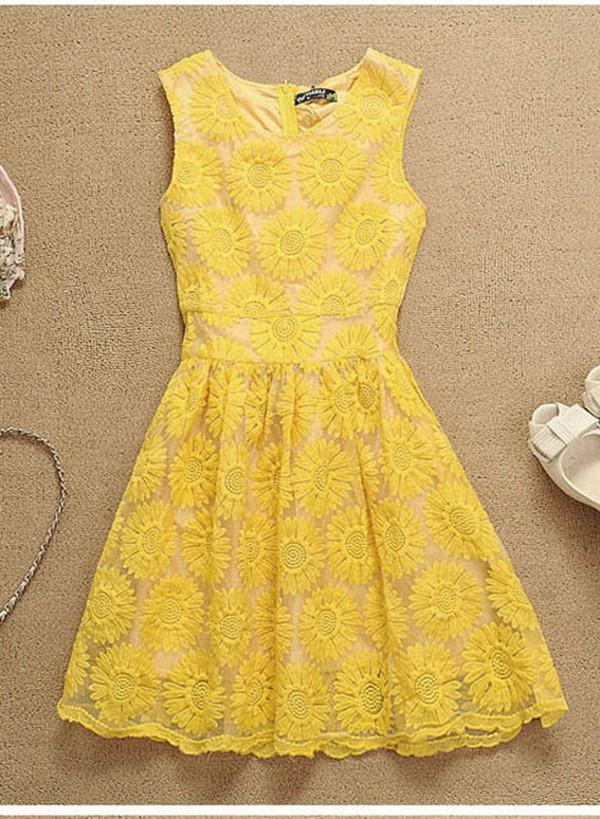 dress lace yellow