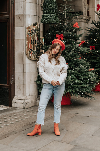 hat tumblr beret red beret sweater white sweater knit knitwear knitted sweater denim jeans blue jeans boots orange boots
