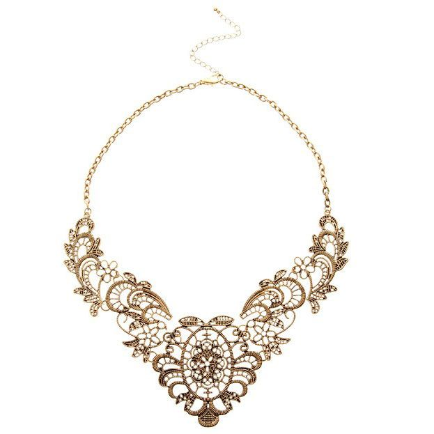 Retro Middle Age Gold ALLOY With HOLLOW-flower Shape Bib Necklace - DualShine