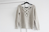 sweater,grey,knitwear,jumper,braided,outfit,winter outfits,warm,back,crossover sweater,low back