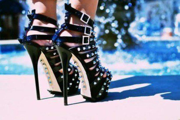 dsquared shoes spiked shoes