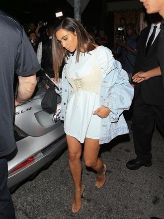 belt corset corset belt kim kardashian kardashians outfit blue corset top corset outfit white cream off-white top lace up