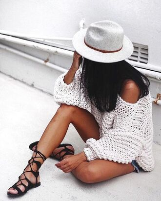 sweater tumblr white sweater hat white hat fedora felt hat oversized sweater oversized sandals flat sandals gladiators black sandals off the shoulder sweater grey hat strappy flats