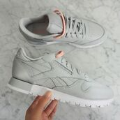 shoes,Reebok,classic,running shoes,sports shoes