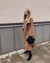 coat,oversized coat,long coat,sock boots,black boots,handbag,white shirt