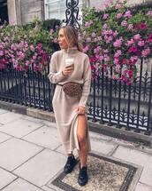 dress,knitted dress,black sneakers,bag,streetstyle,knitwear