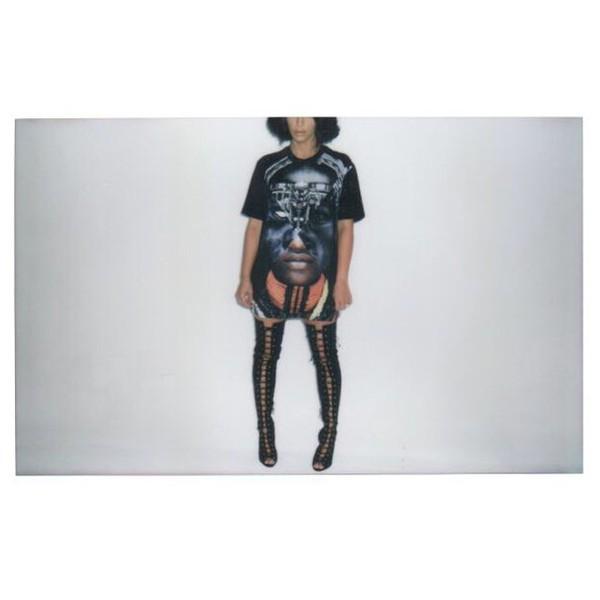 t-shirt kim kardashian oversized shirt