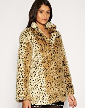 Motel   Motel - Manteau en fausse fourrure imprimé léopard chez ASOS