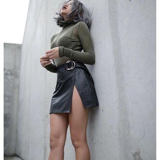 skirt tumblr black leather skirt leather skirt black skirt mini skirt slit skirt top turtleneck green top long sleeves
