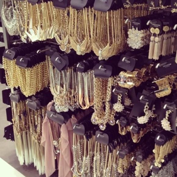 jewels collier bijoux boucle d'oreille ! bracelets