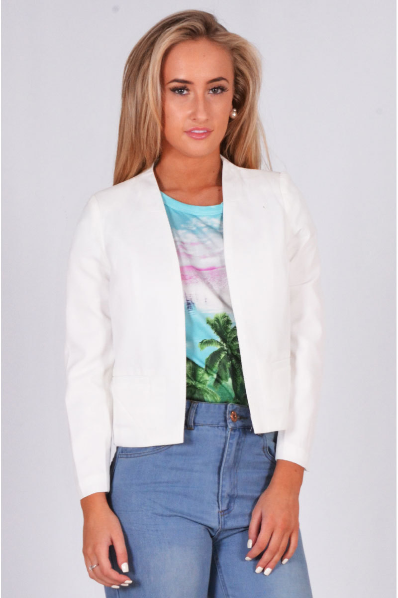 Tareck Textured Stuff Crop Jacket In White