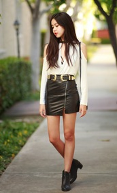 canyoupasstheglitter,blogger,top,skirt,belt,bag,shoes,white,black,sexy,elegant,classy,blouse,fashion,shirt,long sleeves,black and white,cut-out