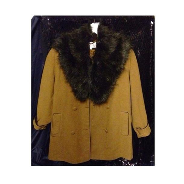 coat mustard fur