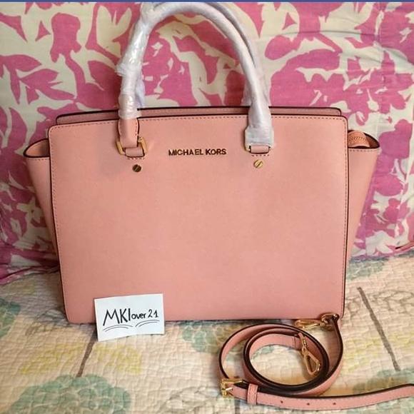 67a49c7d3844 Buy michael kors selma pale pink   OFF30% Discounted