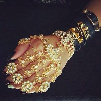 jewels gold diamonds hand jewelry gold ring oriental indian filigree stiletto nails